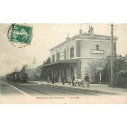 77 BEAUMONT-EN-GÂTINAIS. Train locomotive à vapeur entrant en Gare 1908