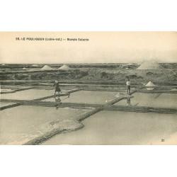 44 LE POULIGUEN. Maraîchers dans les Marais Salants