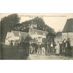 78 SAINTE-MESME. Sortie des Ouvriers de l'Usine Teste ancien Moulin de Corpeaux