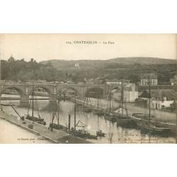 2 x Cpa 29 CHATEAULIN. Le Port et Quartier de l'Eglise 1917