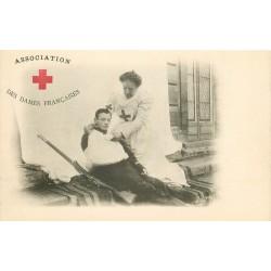 CROIX-ROUGE. Association des Dames Françaises avec infirmière et militaire blessé