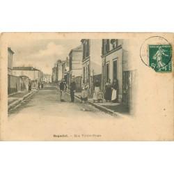 93 BAGNOLET. Animation rue Victor-Hugo vers 1916
