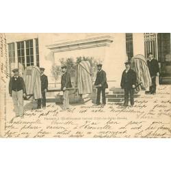 73 AIX-LES-BAINS. Chaise à Porteurs à Etablissement thermal 1902