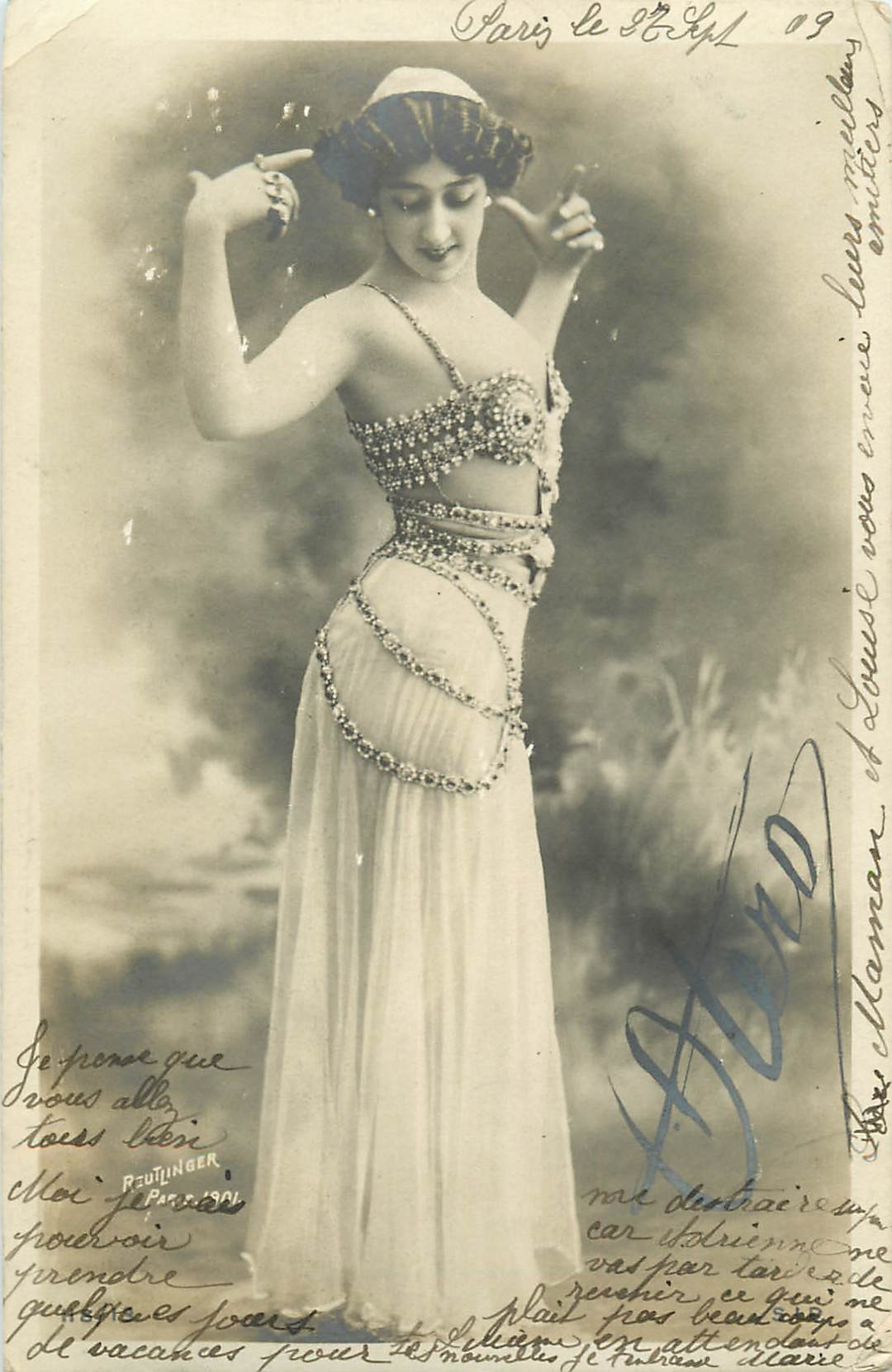"REUTLINGER Photographe. Caroline Otero "" La Danse du ventre "" 1903"