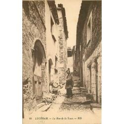 06 LUCERAM. Le Facteur rue de la Tour
