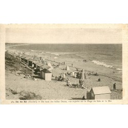 17 ILE DE RE. Cabine de bains sur la Plage du Bois 1940