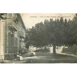 2 x cpa 17 SAUJON. Jardins de la Villa du Parc 1923 et Préventurium