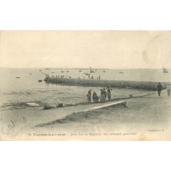 2 x cpa 17 FOURAS-LES-BAINS. La Jetée où s'embarqua Napoléon pour Saint-Hélène
