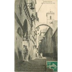 20 BONIFACIO. Animation rue de l'Hôtel de Ville 1913