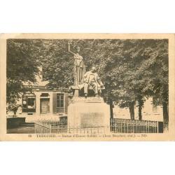 2 x cpa 22 TREGUIER. Statue Ernest Renan 1935 et Kestellic