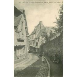 2 x cpa 22 DINAN. Rue du Jerzual avec Fileuse au rouet 1907