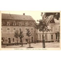2 x cpa 18 VIERZON. Caisse Epargne Hôtel de Ville et Ecole Nationale Professionnelle 1919