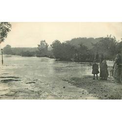 41 BLOIS. Crue de 1907 Sauveteurs sur barge Route de Saint-Gervais