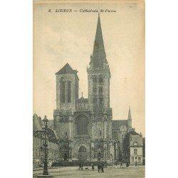 carte postale ancienne 14 LISIEUX. Cathédrale Saint-Pierre. Un peu gondolée