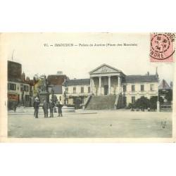 2 x cpa 36 ISSOUDUN. Palais de Justice Place des Marchés 1904 et Château d'Eau