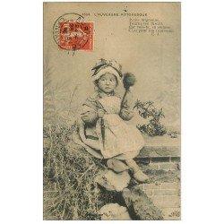 carte postale ancienne 15 AURILLAC. Fillette Fileuse, Fuseau pour Trousseau 1914