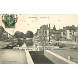 35 RENNES. Le Quai Saint-Cast avec éclusiers et Péniche 1913
