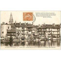 carte postale ancienne 15 AURILLAC. Maisons en bordure de la Jordanne et Clocher Saint-Géraud 1929
