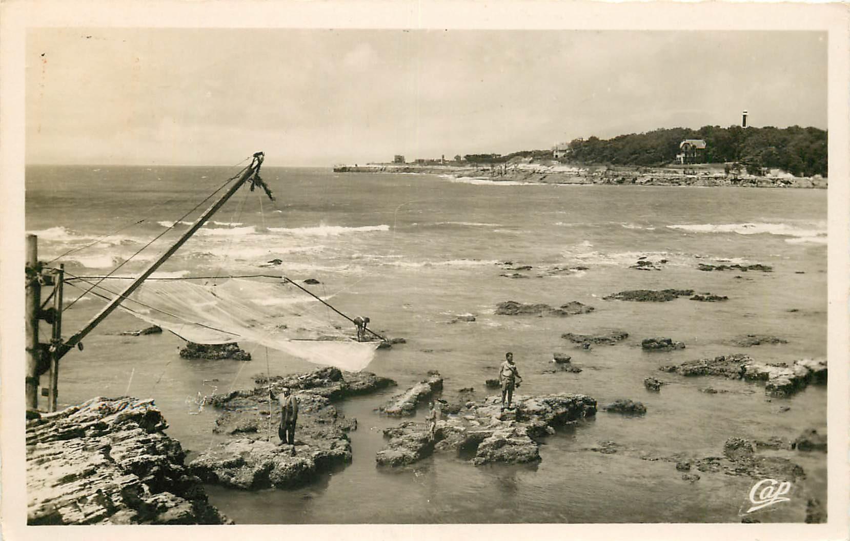 17 SAINT-PALAIS-SUR-MER. Scènes de Pêche au carrelet photo Cpsm 1953