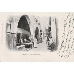 06 GRASSE. Commerçantes sur une Vieille Rue 1901