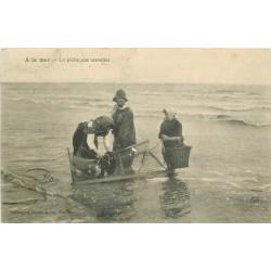 44 A LA MER. La Pêche aux Crevettes 1908
