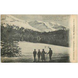 carte postale ancienne 15 AUVERGNE. Skieurs de fond dans nos Montagnes en Hiver