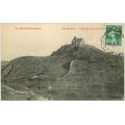 carte postale ancienne 15 BREDONS. Eglise Romane 1923