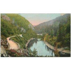 carte postale ancienne 15 CHAMPS-SUR-TARENTAINE. Petit Barrage au Pont des Faux-Monnayeurs 1937 Route de Champs à Condat