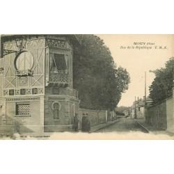 2 x Cpa 60 MOUY. Rue de la République et la Mairie 1923