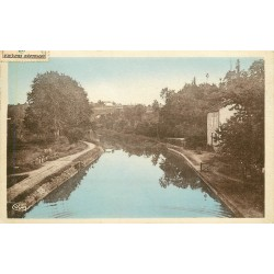 03 AVRILLY. Sur le Canal