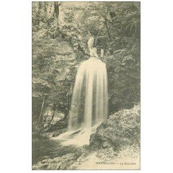 carte postale ancienne 15 COURNILLOU. La Cascade 1911