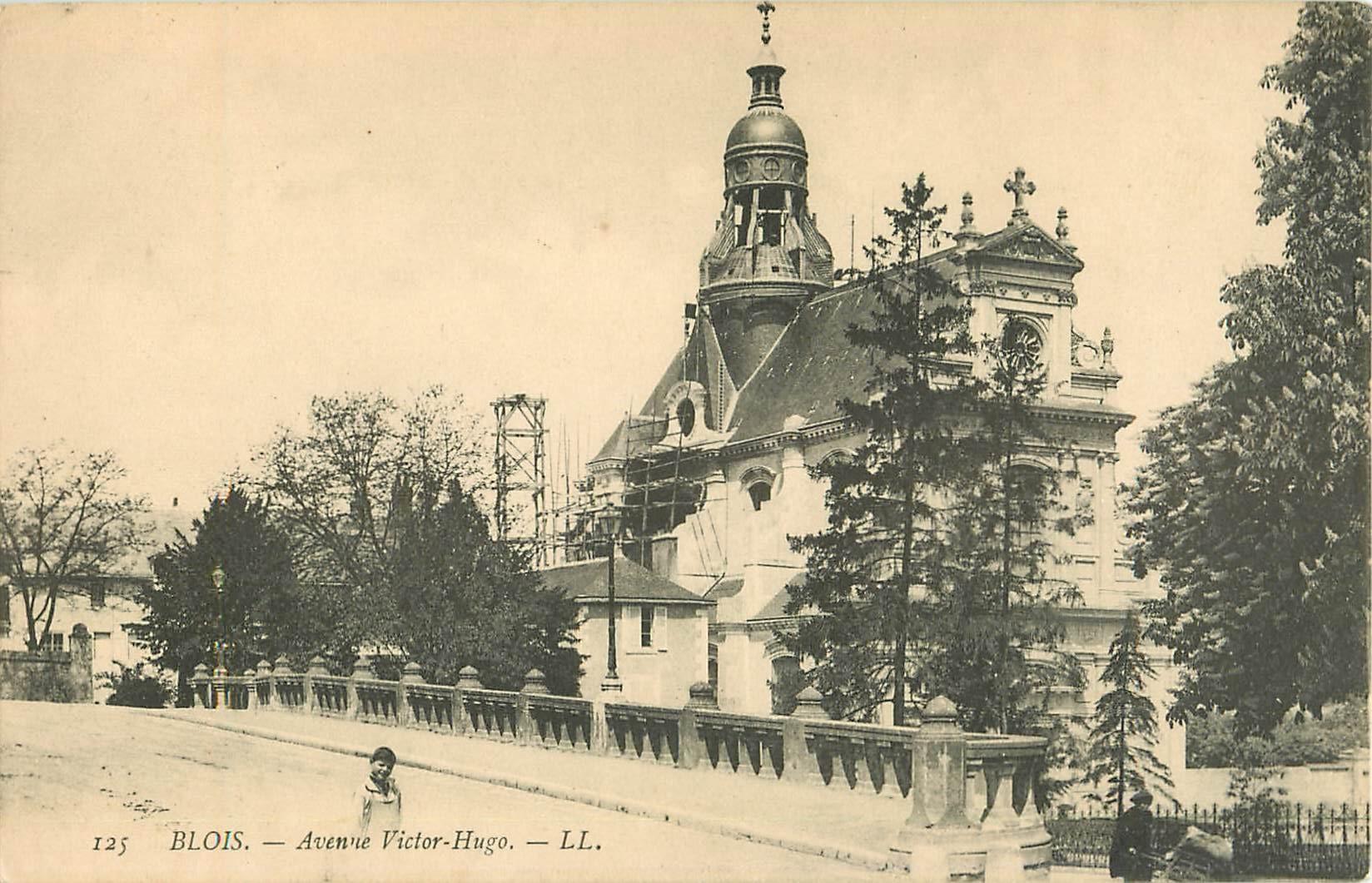 2 x Cpa 41 BLOIS. Eglise Saint-Vincent et Avenue Victor-Hugo 1906