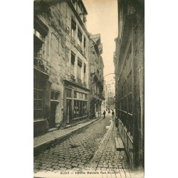 4 Cpa 41 BLOIS. La rue Saint-Lubin au Petit Louvre et Café du Théâtre