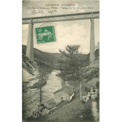 63 Bergère et ses moutons sous le Viaduc des Fades aux bords de la Sioule 1913