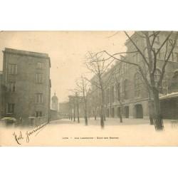 69 LYON 2 x Cpa aux Lazaristes. Cour des Moyens et Montée des Réfectoires 1904