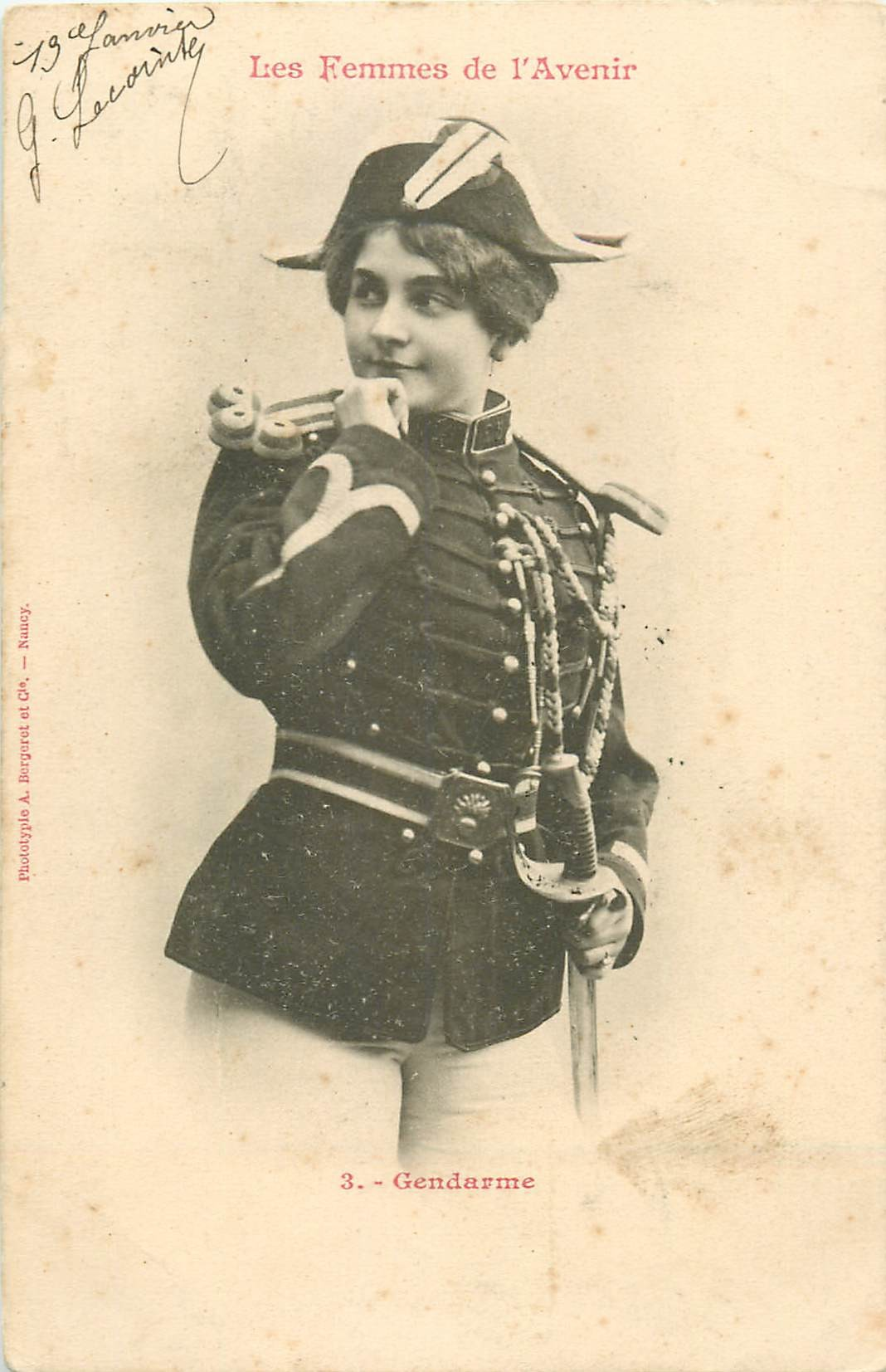 illustrateur BERGERET. Gendarme les Femmes de l'Avenir 1903