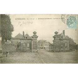 76 GOURNAY-EN-BRAYE. La Porte de Paris 1904 avec Café Restaurant