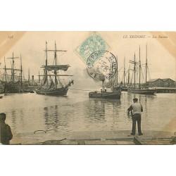 76 LE TREPORT. Bateaux de pêche dans les Bassins 1906