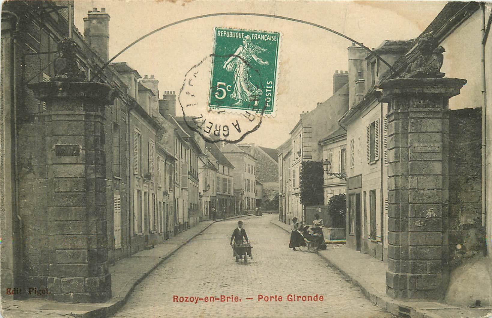 77 ROZOY ROZAY-EN-BRIE. Porte Gironde