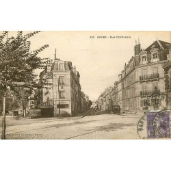 51 REIMS. Rue Chativesle Royal Hôtel et vespasiennes