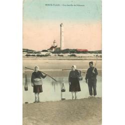 62 BERCK PLAGE. Une famille de Pêcheurs de Crevettes 1905
