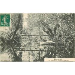 24 TREMOLAT. Rameur et une Passerelle sur les Eygadous 1910