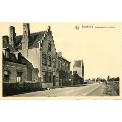 Cpsm BOVEKERKE. Gemeentehuis en School 1971