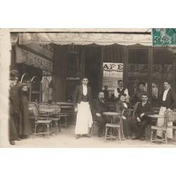 """75003 PARIS. Café """" Saint Aignan """" tenu par Riallan au 68 boulevard Sébastopol 1909"""