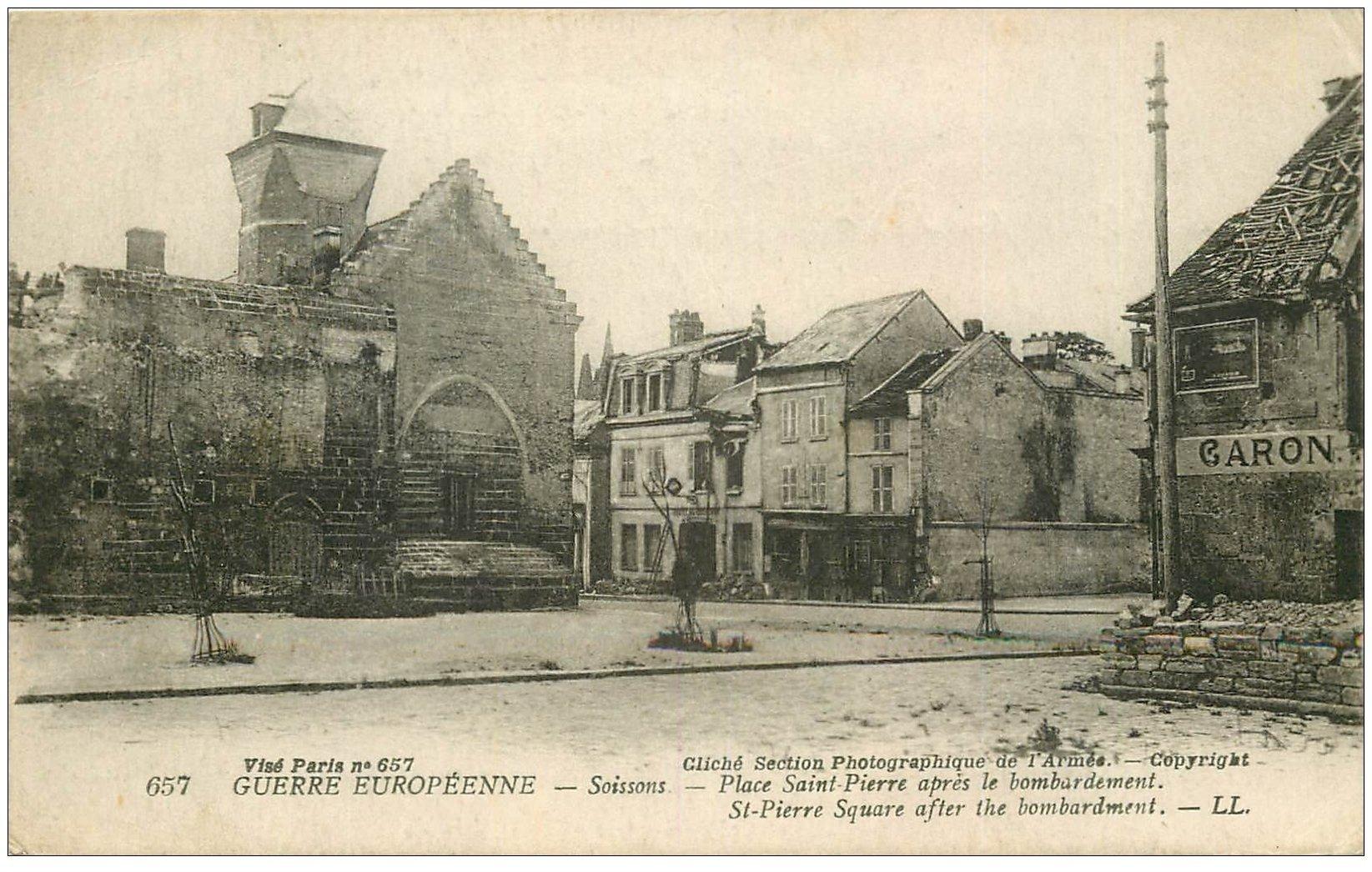 carte postale ancienne 02 SOISSONS. Place Saint-Pierre
