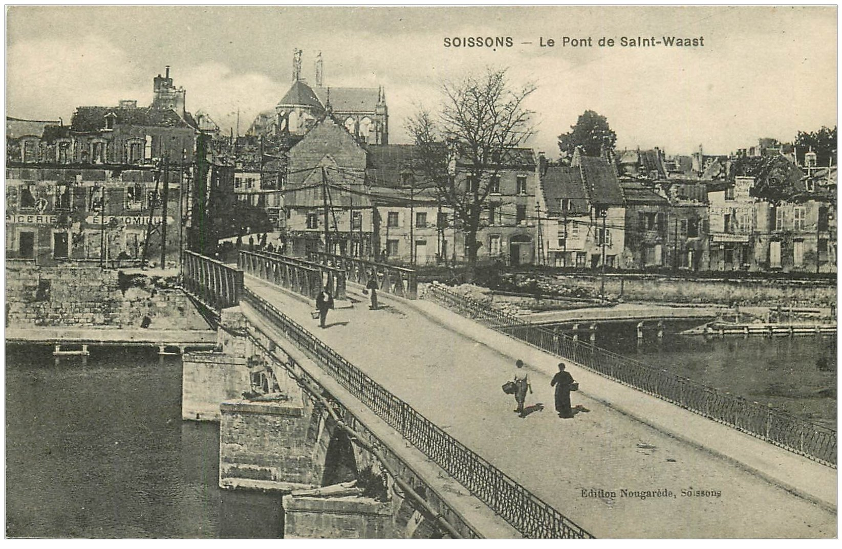 carte postale ancienne 02 SOISSONS. Pont de Saint-Waast