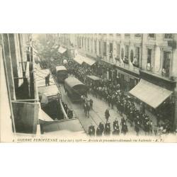 37 TOURS. Arrivée de prisonniers allemands rue Nationale 1916