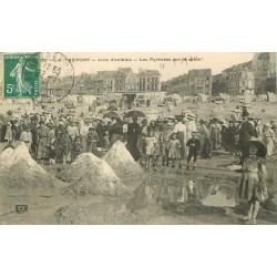76 LE TREPORT. Jeux d'enfants les Pyrénées sur le Sable