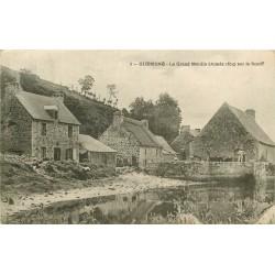 56 GUEMENE. Grand Moulin sur le Scorff 1904
