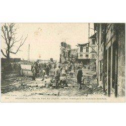 carte postale ancienne 02 SOISSONS. Pont des Anglais Soldats remblayant les tranchées 1917